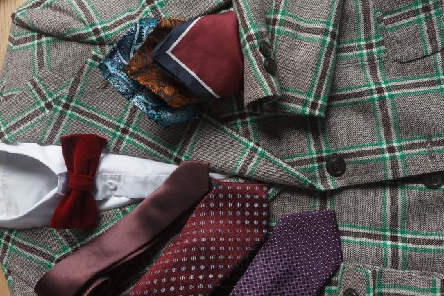 ネクタイとスーツの色彩心理効果